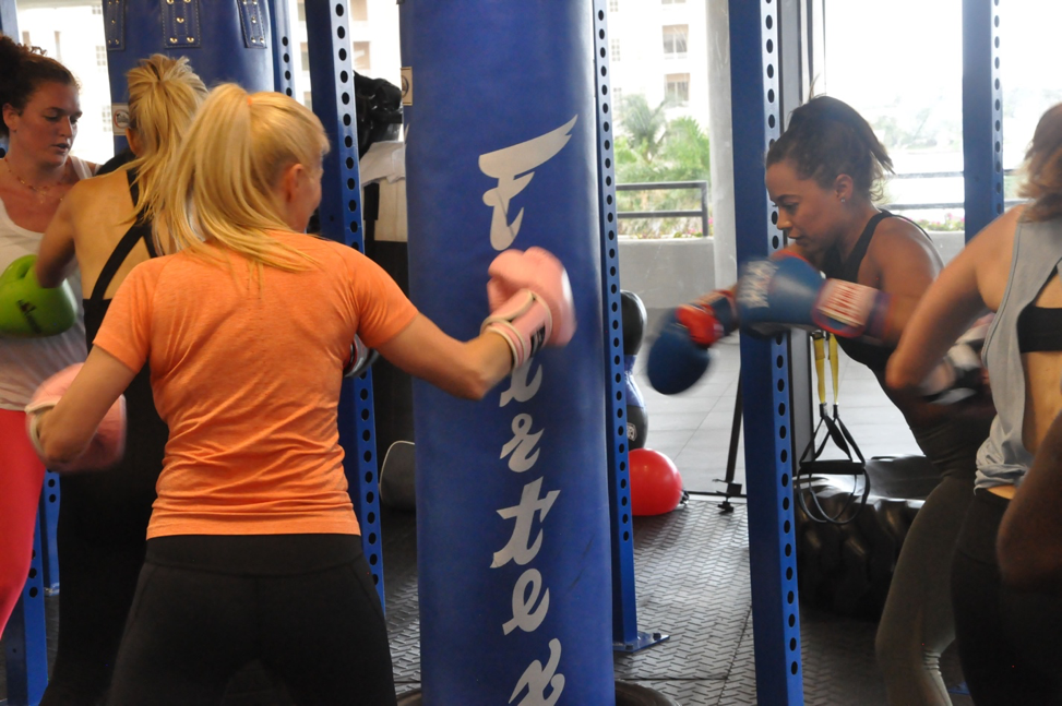 Who offers kickboxing in west palm beach?